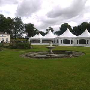 marquee-traditional-wedding